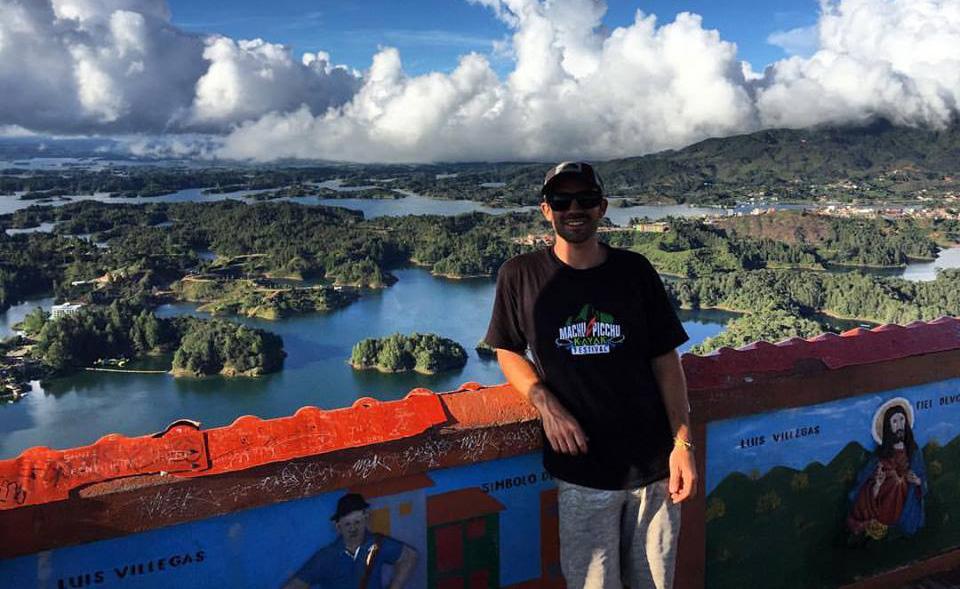 guatape lake colombia holiday