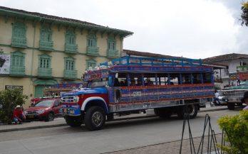 chiva transporte private colombia