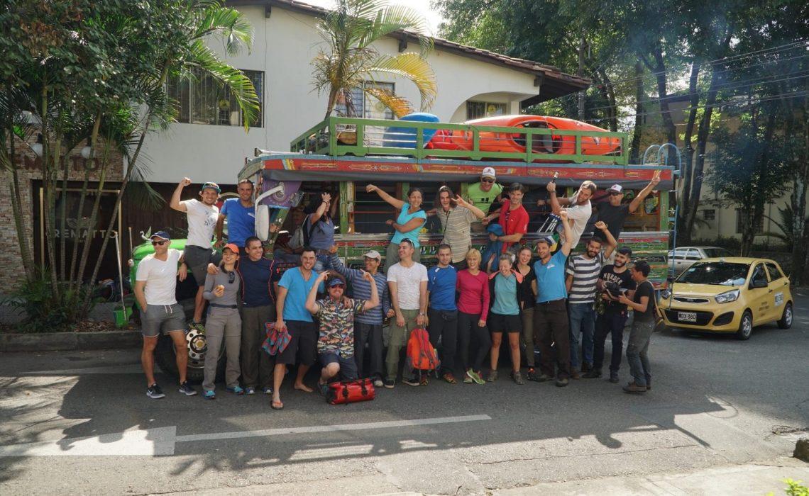 chiva group people happy