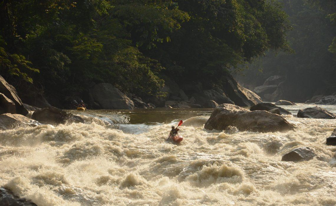 kayak kayaking high rapids colombia