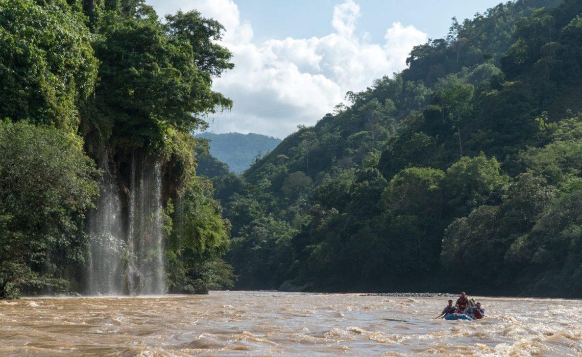 rafting rio samana waterfall narices