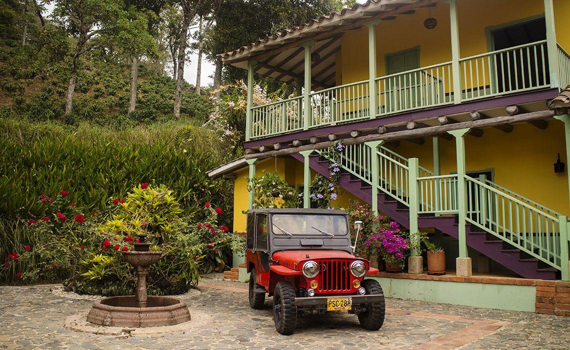 car 4x4 nissan coffee farm