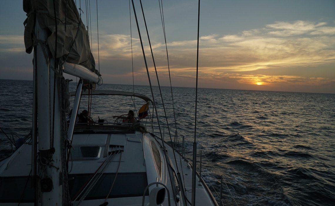 sunset sail cartagena caribbean sea
