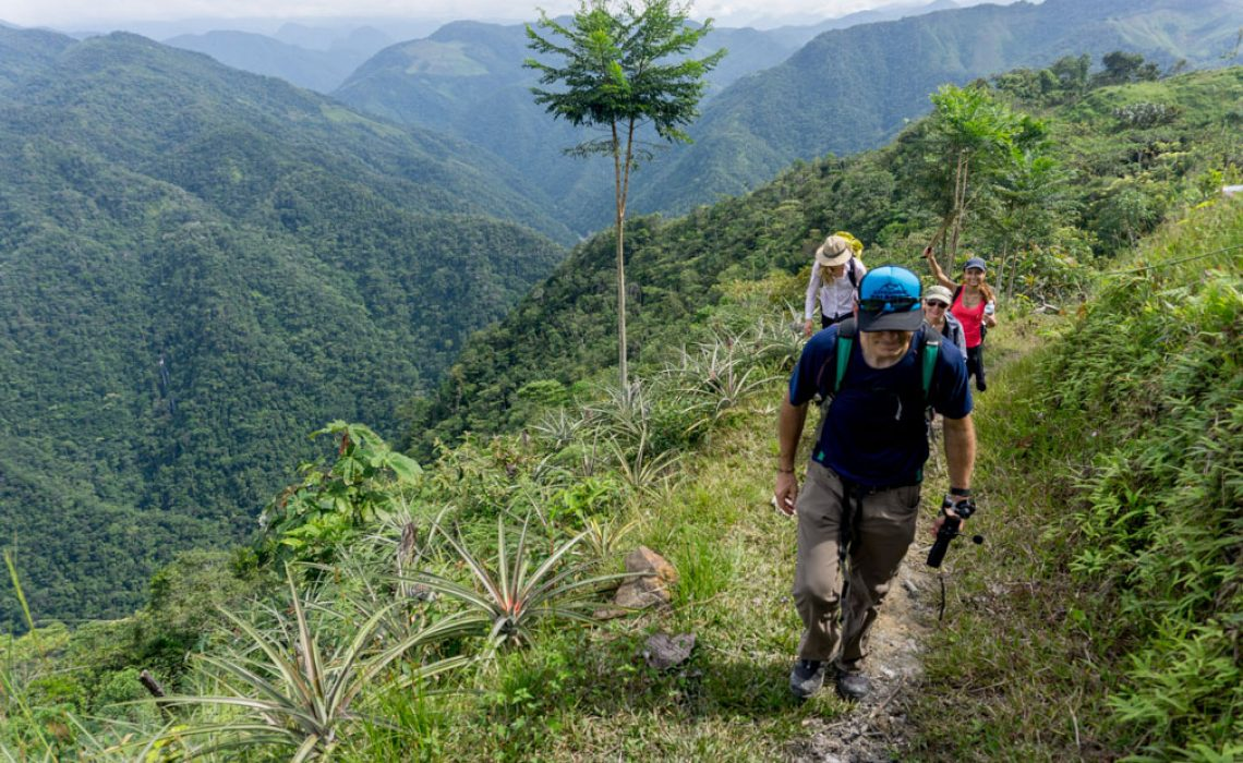 hikers colombia