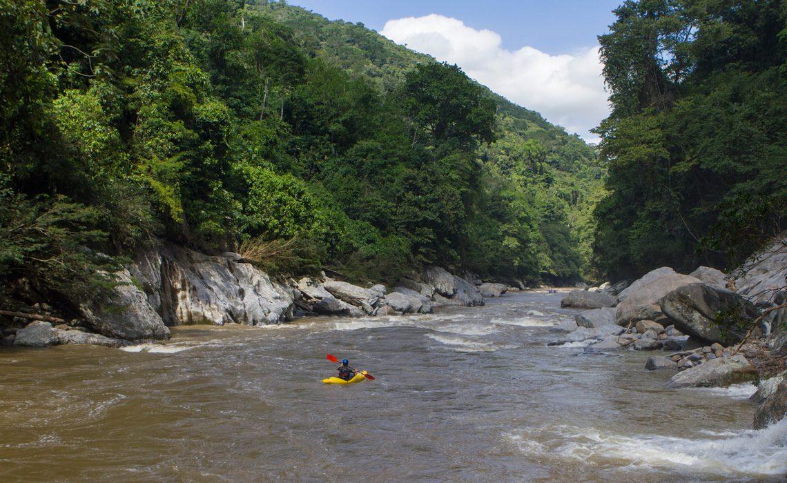 kayaker on rio samana
